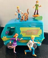 Scooby Doo The Mystery Machine Van Bundle +  3 Figures & 2 Articulated Figures