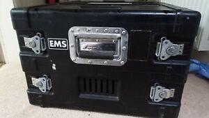 "EMS 6U 19"" rack mounted flight case (Plastic)"