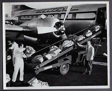 WESTERN AIRLINES CONVAIR CV-240 AIRMAIL SACKS BEING LOADED LARGE VINTAGE PHOTO