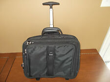 "Kensington Contour Roller Laptop Notebook Case Travel Bag Floor Model 17"" Black"