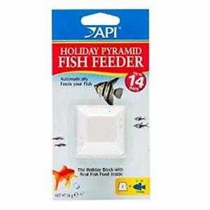(1) API HOLIDAY PYRAMID VACATION FEEDER 14 DAY FISH. FREE SHIPPING IN THE USA