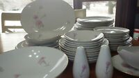 Fine China Dinnerware Set Carnation by Royal Court service 6 Hostess Pcs 42pcs
