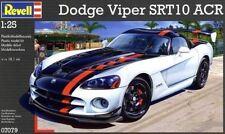 Modellini statici auto Revell per Dodge