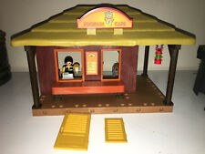 Playmobil CUSTOM ZOO CAFE created from 5907 Ranger Station