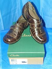 CLARKS WOMENS BENDABLES WHISTLE RESORT BROWN LEATHER SIZE 8M