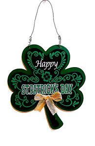 "ST PATRICK'S DAY WOOD SIGN SHAMROCK DECORATION""HAPPY ST PATRICK'S DAY'' HANGER"
