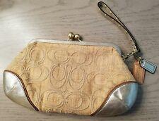 COACH Signature C Natural/Straw Frame Kisslock Wristlet Clutch Bag 44968 VGUC