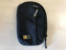 Case Logic TBC302 Compact Portable Camera Case Black Pre-owned C2