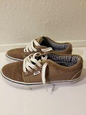 Vans Chukka Low VN-ONKA925, Mens Size 8.5 Leather upper skateboarding Shoes