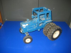 ERTL FORD 9600 TRACTOR 1/12 MISSING CAB TOP