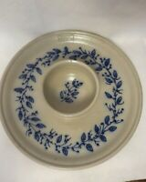 Salmon Falls Stoneware collectible 2002 chip/dip platter, blue vine design
