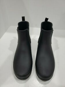 Hunter womens black ankle boots size 38/7 M