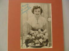 Betty White Vintage Autograph, Over 50 years ago, Major STAR Signature, Vintage