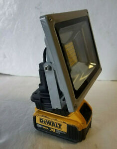 New Compatible With Dewalt 20v Battery Floodlight Torch Light Pure White 27W 30W