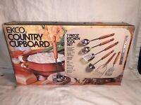 Vintage NEW NOS EKCO Country Cupboard 7pc KITCHEN Tool Utensil set WOOD HANDLES
