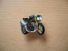 Pin Anstecker Triumph Speed Triple Baujahr 2010 Art. 1125 Motorrad Bike Moto