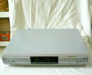 Philips CDR 796 CD MP3 Player - 4 X Speed CD Recorder - (Spares or Repairs)