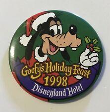 Disney Dlr - Goofy's Holiday Feast 1998 - Disneyland Hotel Button