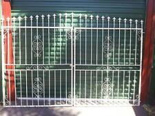 Strong metal Gates with hinges