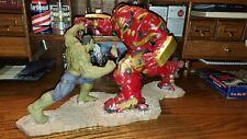 Kotobukiya ArtFX Hulkbuster And Hulk Statue