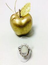 Mondstein-Ring aus 14 Karat Weißgold und mit ca. 0,95 Ct. Brillanten SI/H