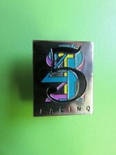 233 - Pin's - Chaine de Télévision - La cinq