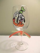 New listing Hand Painted Wine Glass Goofy friend of Mickey Mouse 12 oz