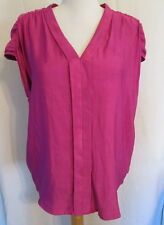 a.n.a. jcp.com Panama Rose sleeveless V-neck blouse L *FREE SHIPPING* NWT