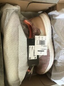 Adidas Ultra Boost Womens 8.5 Youth 7