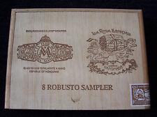 Vintage Collectible LA FLOR DE MARIA MANCINI WOOD CIGAR BOX ~ HONDURAS EMPTY