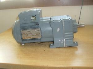 SEW.Getriebe Motor.0,12 KW.1380 / 196 U/min.