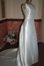 NEW BEADED *VICTORIA'S* WHITE WEDDING DRESS - SZ. 6 - EXCEPTIONAL!!