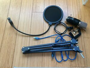 Neewer NW-7000 Condenser Microphone with Boom Arm and Windscreen, Lightly used.