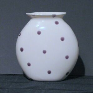 NEW EIGEN ARTS HAND MADE CERAMIC VASE WHITE WITH PURPLE POLKA DOTS NEW OLD STOCK