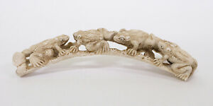 Antique 18th/19thC Japanese Carved Figure Okimono of Frogs
