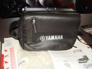 borsa sotto sella originale Yamaha per X Max 125 300 400 dal '17 cod. B74F85M000