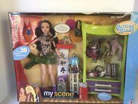 Mattel Barbie My Scene Nolee Bedroom Doll Room Playset Getting Ready 2003
