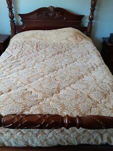 Vtg Marie France Full/Queen Fleece Reversible Textured Tan/Cream Comforter