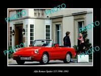 OLD LARGE HISTORIC PHOTO OF 1990 ALFA ROMEO SPIDER 115 LAUNCH PRESS PHOTO