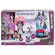 Monster high dance la frayeur away playset draculaura-neuf