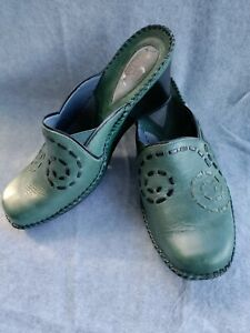 Clarks Artisan Women Shoes Size 9 M Green Leather Mule Slides Clogs Top Stitch