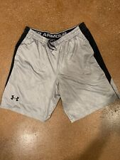 Mens Under Armour basketball shorts Black & gray  XL loose fit