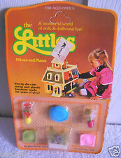 #4112 NRFC Vintage Mattel the Littles Pillows & Plants Accessories