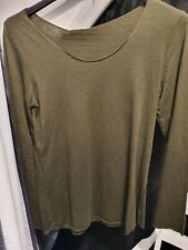 suzy d new with tags mocha v neck light weight summer top m//l