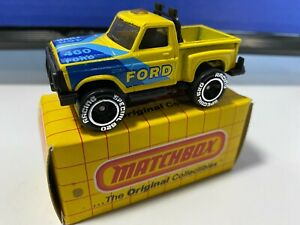 VINTAGE MATCHBOX #53 460 FORD F-150 FLARESIDE YELLOW & BLUE NEVER PLAY WITH