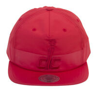 Mitchell & Ness Washington Wizards Split Pinch Snapback