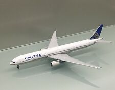 Gemini Jets 1/400 United Airlines Boeing 777-300ER N58031 die cast metal model