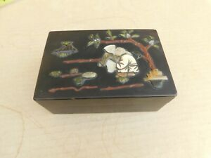 Antique Chinese Hand Made Black Lacquer Box Inlaid Shell Old Couple Figures