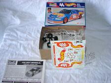 MODEL CAR KIT HOT WHEELS KYLE PETTY GRAND PRIX NASCAR 1:24 SCALE AUTOGRAPHED