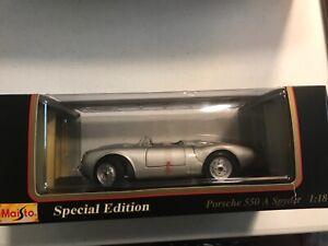Maisto Porsche 550 A Spyder Model 1:18, Special Edition, Silver